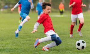 A prática de esportes na infância pode ajudar a reforçar a imunidade?