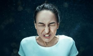 Quais são as principais formas de contágio de doenças respiratórias, como a gripe?