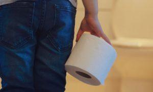 Por que muitos parasitas intestinais causam diarreia nos pacientes?