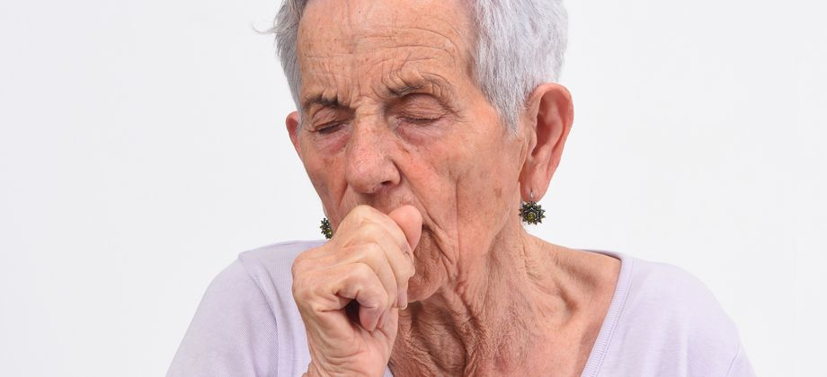 Como é a tosse nos casos de enfisema e bronquite crônica?