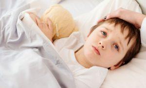 Os sintomas do resfriado podem ser mais intensos em crianças pequenas?