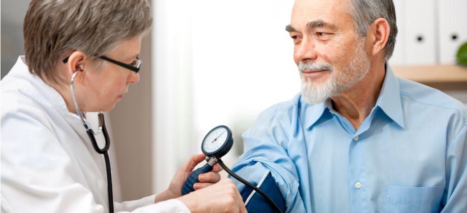 Pressão arterial ideal em idosos: Quais são os níveis ideais?