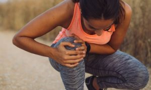 Osteoartrite de joelhos: Lesões graves podem contribuir para o desenvolvimento da doença?