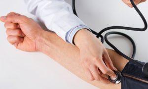 Qual é a pressão arterial ideal para cada faixa etária?