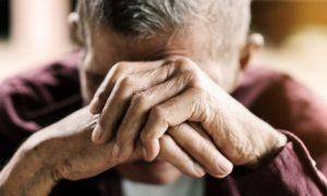 Quais doenças podem ser um fator de risco para o desenvolvimento da osteoporose?