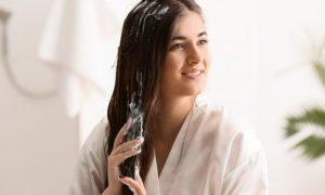 O uso contínuo de cosméticos no cabelo pode prejudicar a saúde dos fios?