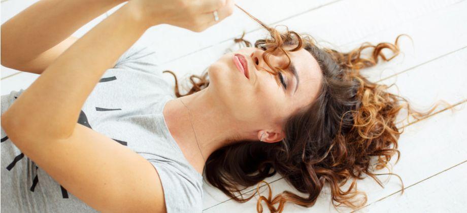 Quais nutrientes são importantes para o crescimento saudável do cabelo?