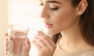 Como o tratamento hormonal age no combate à endometriose?