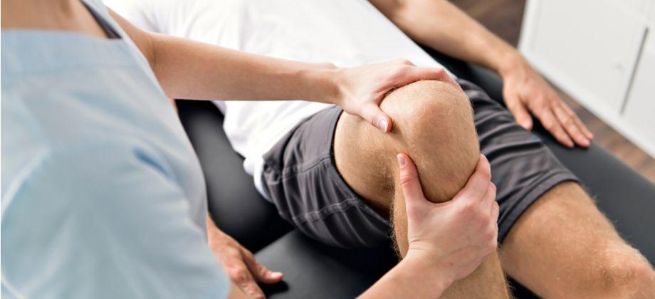 De que forma a fisioterapia pode auxiliar no tratamento da osteoartrite?