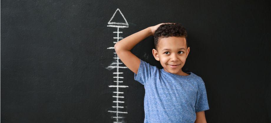Quais são as consequências da falta de hormônio do crescimento em uma criança?