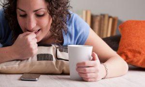 De que forma roer as unhas prejudica a saúde ungueal?
