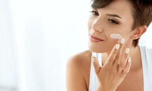 Quais são os efeitos da manteiga de karité na hidratação da pele?