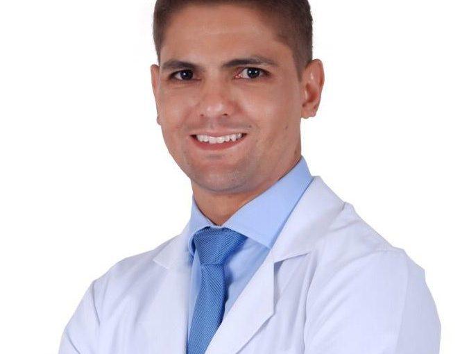 Dr. Gustavo Alvarenga