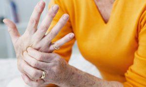 Existem exercícios que podem ajudar no tratamento da osteoartrite nos dedos e nas mãos?