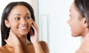 Como saber se a sua pele está com o nível correto de oleosidade?