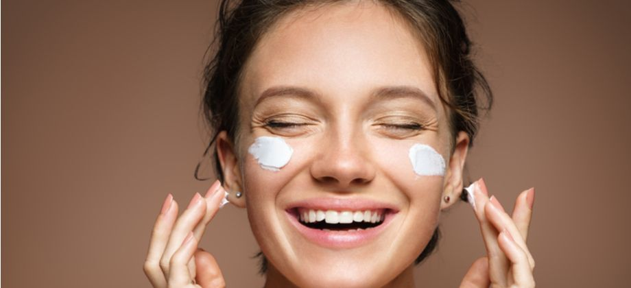 Qual é a importância do colágeno para manter uma pele mais firme e lisa?