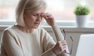 Visão embaçada pode ser um sinal de hipertensão descontrolada?