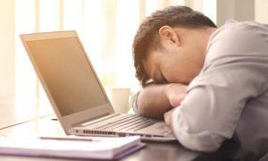 Insônia: veja como esse problema pode atrapalhar a sua produtividade!