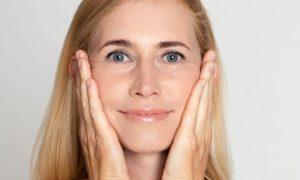 Quais são as características de uma pele envelhecida?