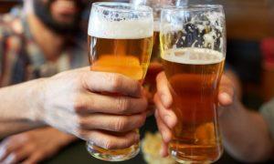 Hipertensão: Como o consumo de álcool afeta as artérias?