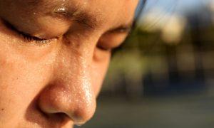 Mito ou verdade: O suor deixa a pele mais oleosa?