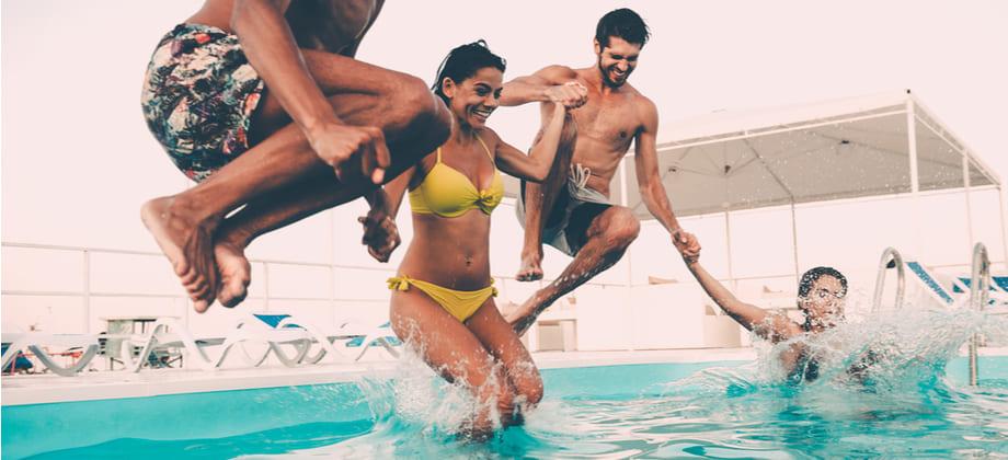 Por que a oleosidade da pele parece piorar no verão?