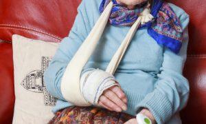 Osteoporose: Quais são as consequências de uma fratura para um paciente idoso?