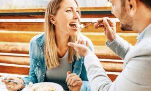Herpes: Por que não se deve compartilhar copos e talheres?