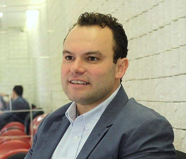 Dr. Osmar Catharin