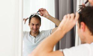 Como evitar erros ao tentar cortar os cabelos em casa?