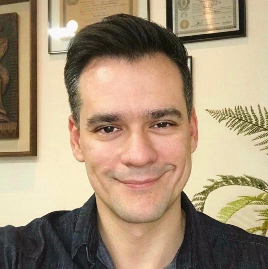 Dr. Izaias Junior