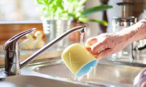 Como a osteoartrite nas mãos prejudica a rotina do paciente?