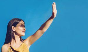 Fotoproteção oral: saiba como esse aliado ajuda a proteger a pele dos raios ultravioleta