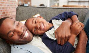 Puberdade precoce pode passar de pai para filho?