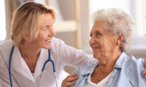 Qual é a importância do diagnóstico precoce da doença de Alzheimer?