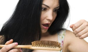 Queda de cabelo por estresse: saiba como evitar esse problema!