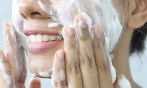 Como podemos proteger a pele dos efeitos da poluição?