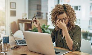 Como o estresse afeta a saúde do coração e do sistema cardiovascular?